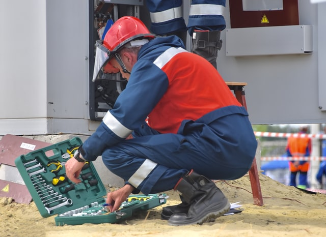 Top 3 Qualifications Every Electrician Need To Have To Get A Job In Sydney