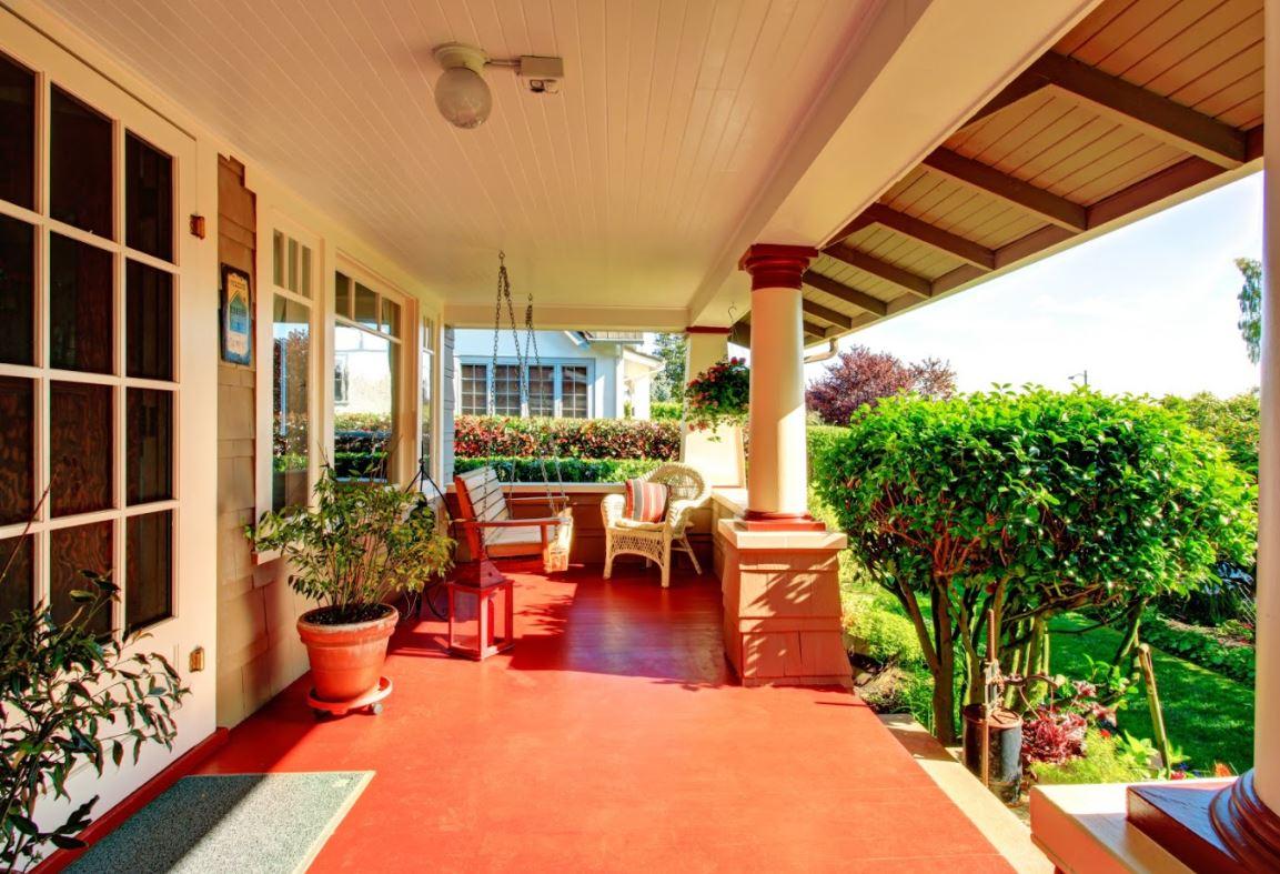 Decorative-Front-Porch