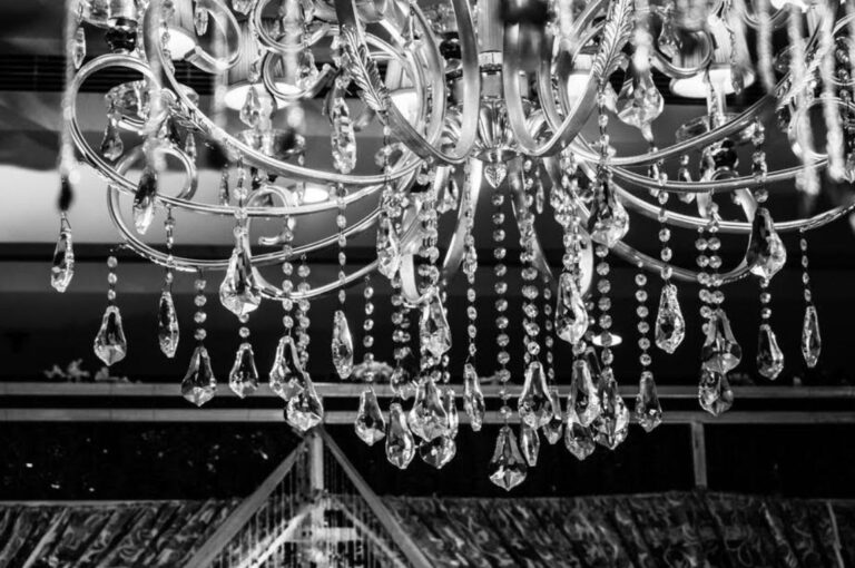 How to Choose (and Install) a Dining Room Chandelier