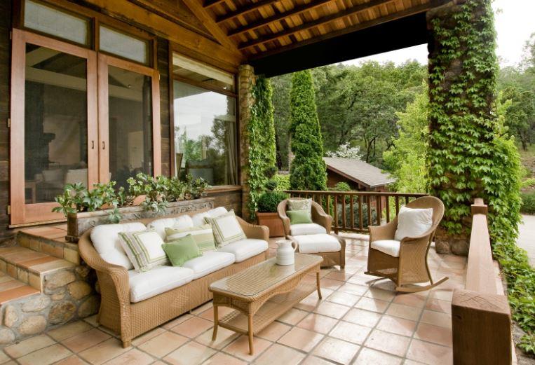 Outdoor-Wicker-Furniture