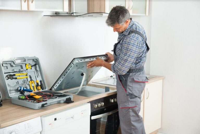 Stove Repair or Replacement: Which Is More Cost-Effective?