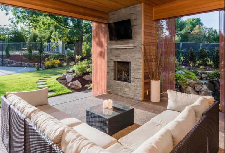 How to Design an Outdoor Living Space: The Ultimate Guide