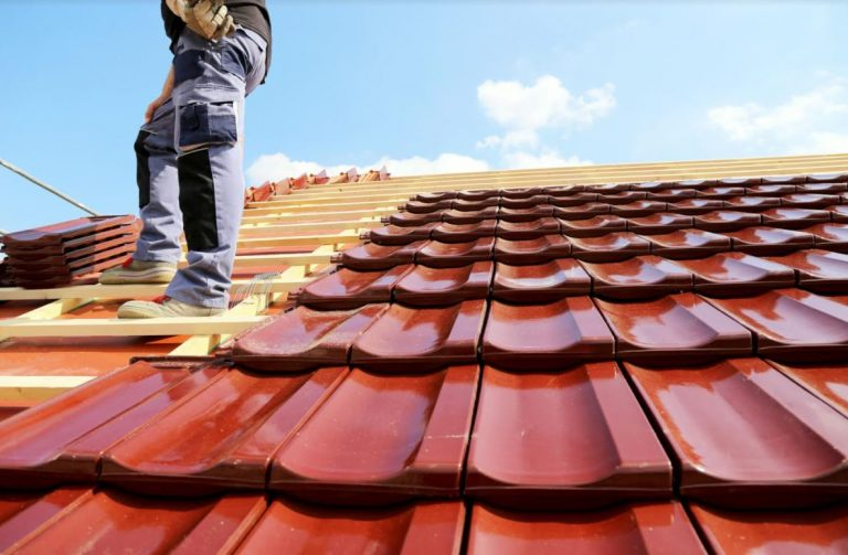 Metal vs Shingle Roofing: Which Is Right for Your Home?