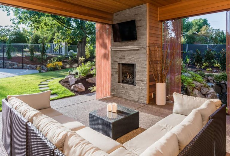 Outdoor Oasis: 4 Fabulous Yard Makeover Ideas