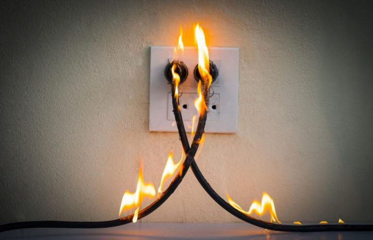 4 Signs It's Time to Call an Electrical Pro