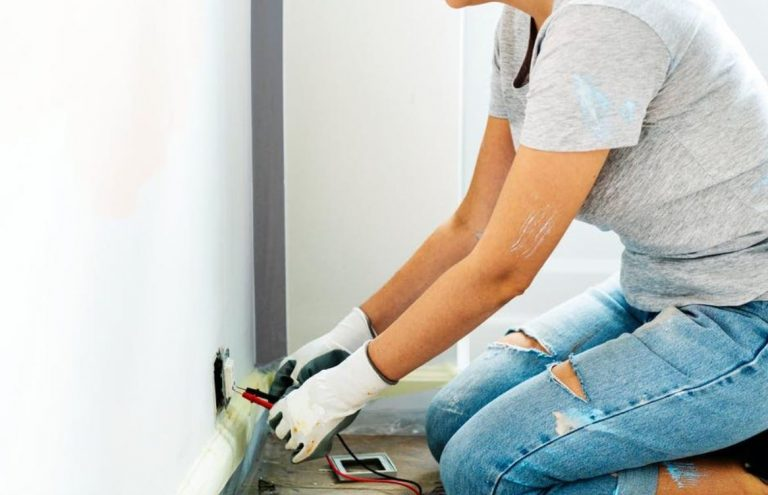Top 5 Factors to Consider When Choosing Local Electricians
