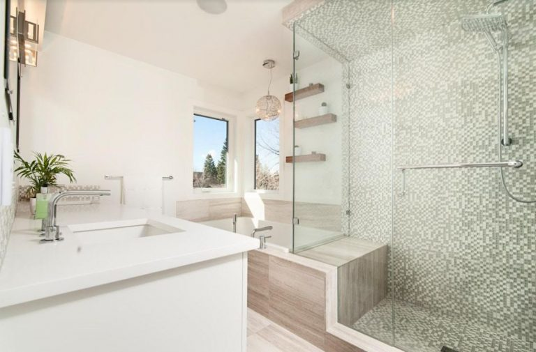 Senior Friendly Bathroom Designs: 9 Things You Need To Include