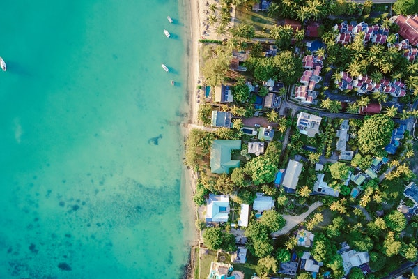 FOUR REASONS TO INVEST IN WATERFRONT REAL ESTATE