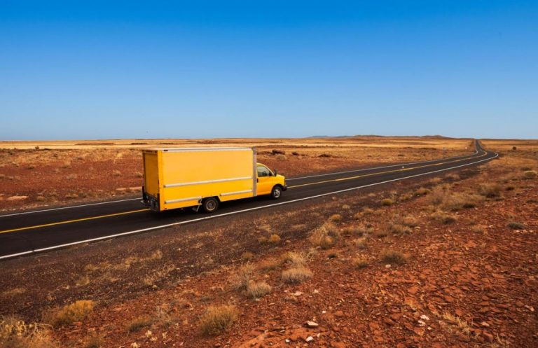 A Quick Guide on How to Prepare For a Long-Distance Move