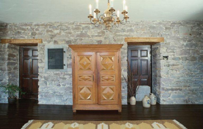 3 Easy Ways to Improve Your Home's Exterior Decor