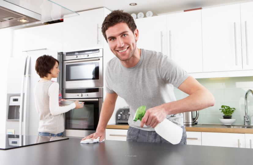 Deep-Cleaning-Kitchen
