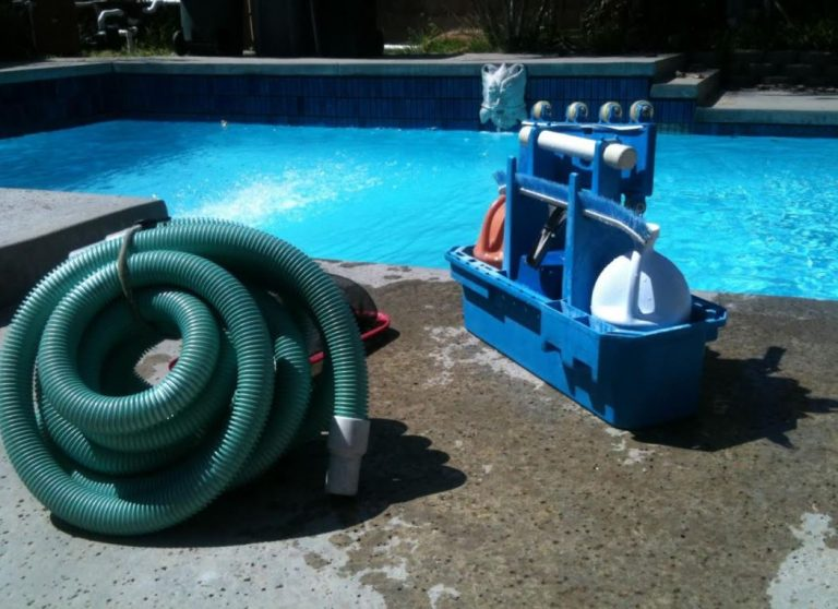 8 Signs Your Pool Pump Motor Needs to Be Replaced