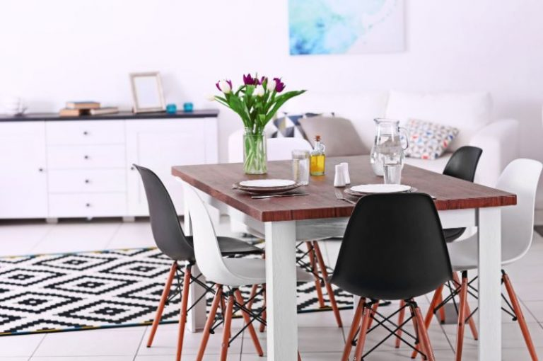 How To Choose Furniture for Your Dining and Living Room When Downsizing