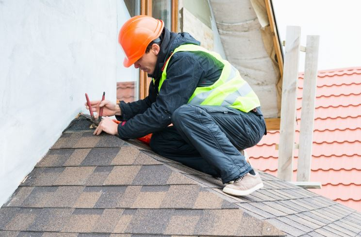 """How To Find the Best """"Residential Roofers Near Me"""""""